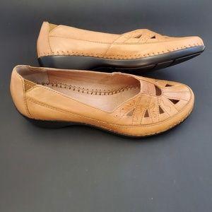 Easy Spirit camel brown slip on comfort shoes 6.5